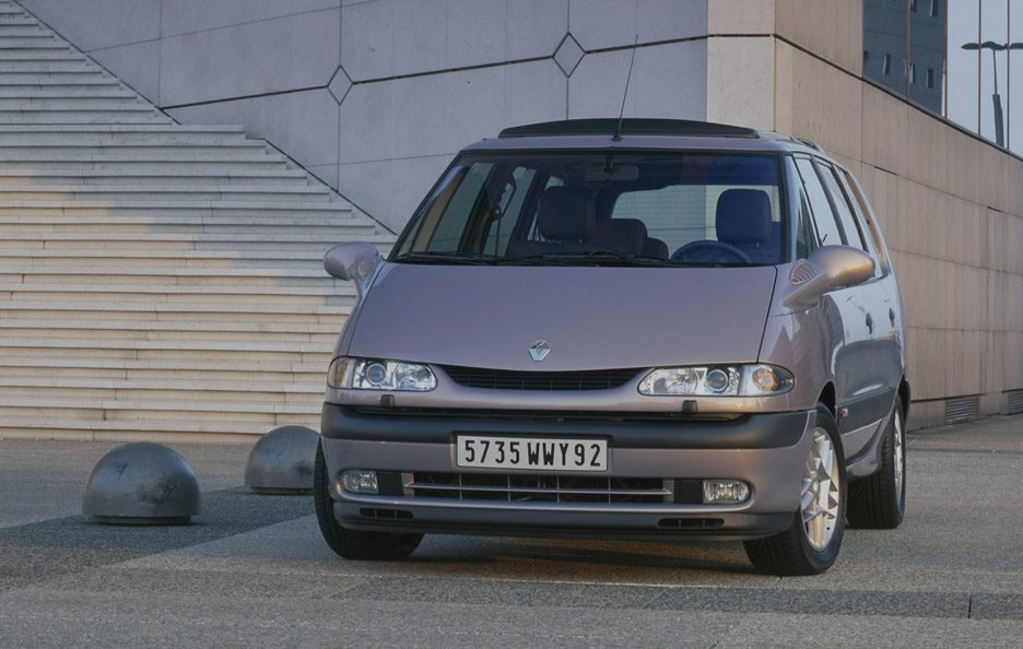 26 - Renault Grand Espace frontale
