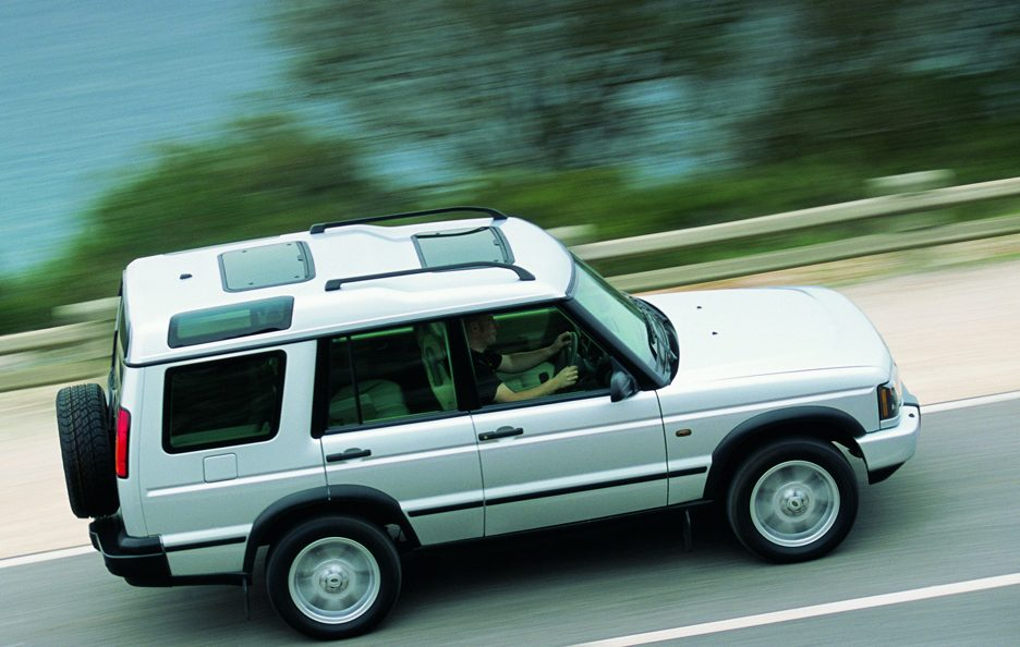 28 - Land Rover Discovery 2 restyling vista dall'alto