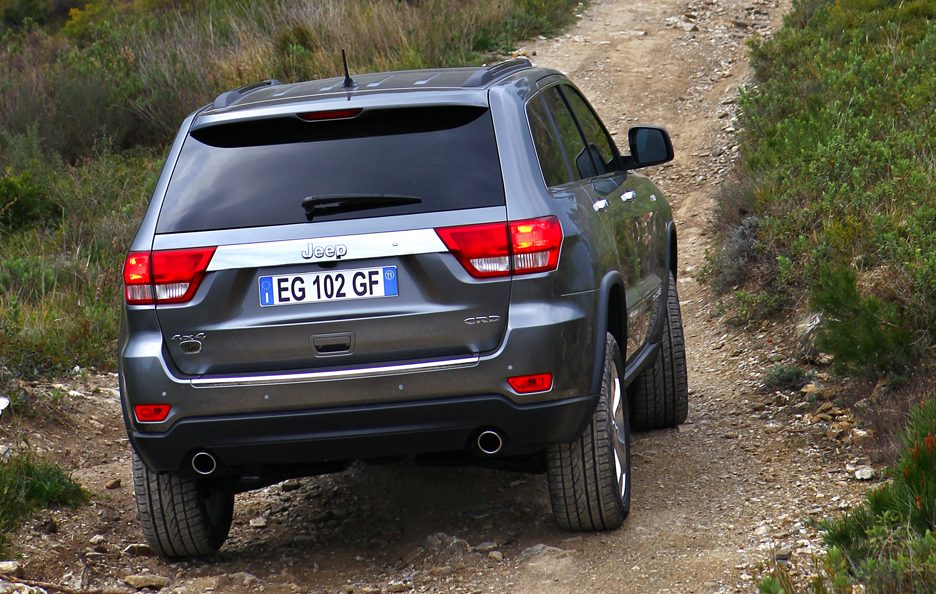 6 - Jeep Grand Cherokee WK2 coda