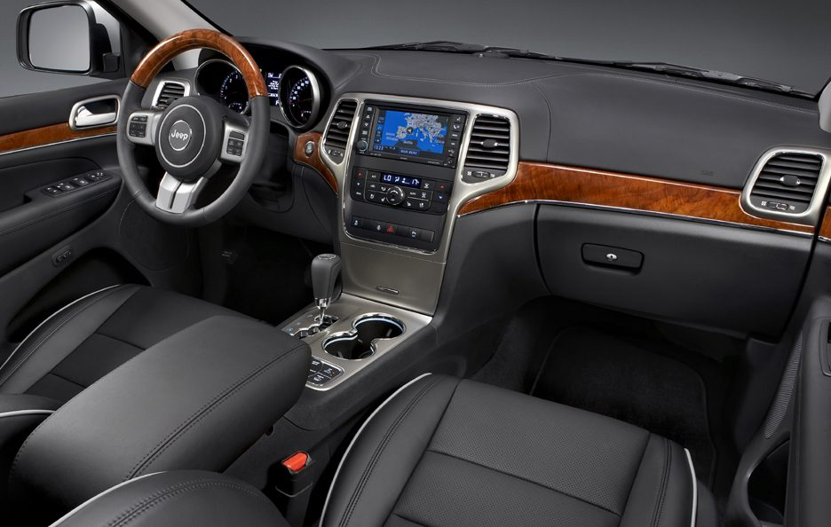 9 - Jeep Grand Cherokee WK2 interni