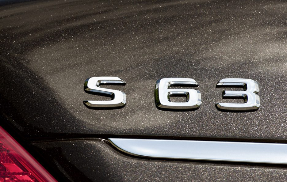 9 - Mercedes classe S W221 AMG restyling logo S 63