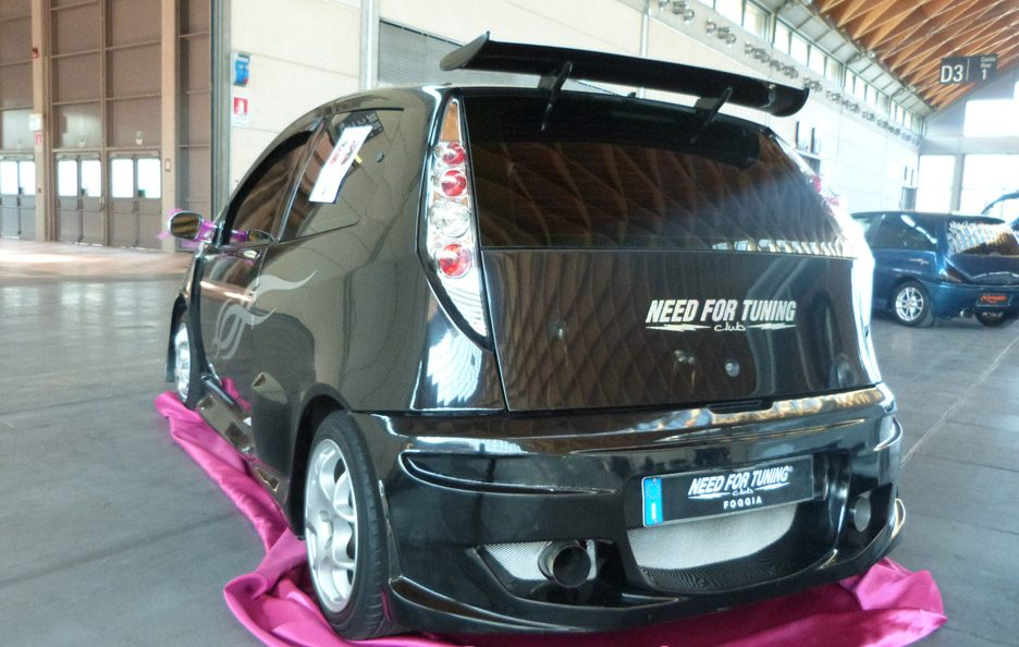 Fiat Punto Need for Tuning - posteriore