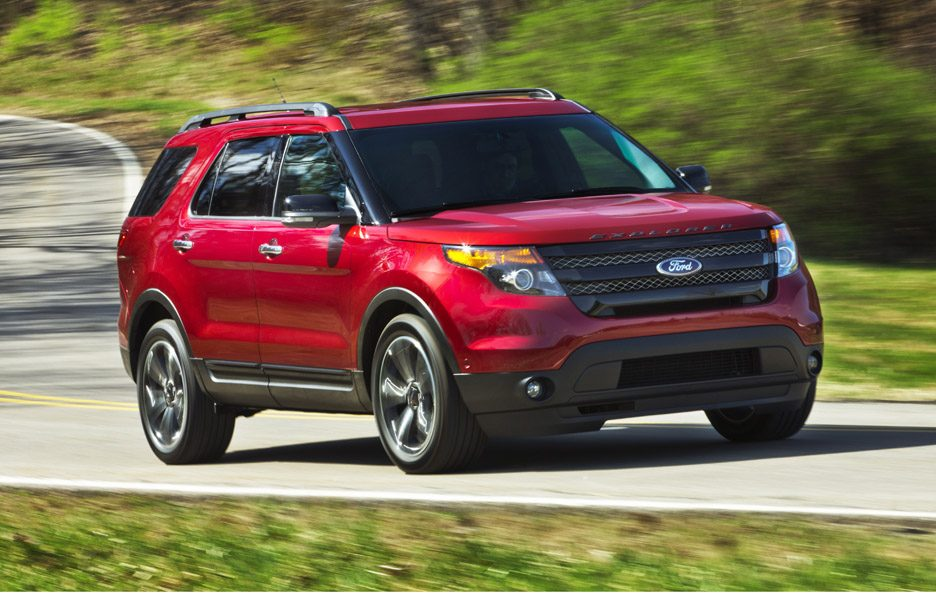 Ford Explorer Sport - RED - Profilo anteriore in motion