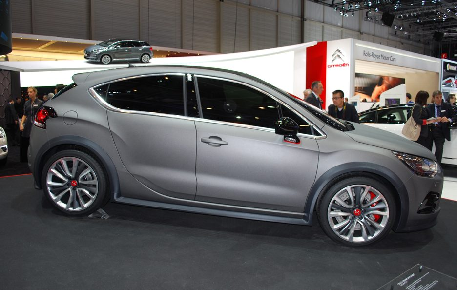 Ginevra 2012 - Citroen - DS4 R - Laterale