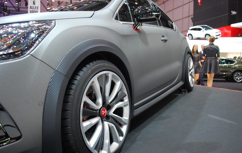 Ginevra 2012 - Citroen - DS4 R - Stacco laterale