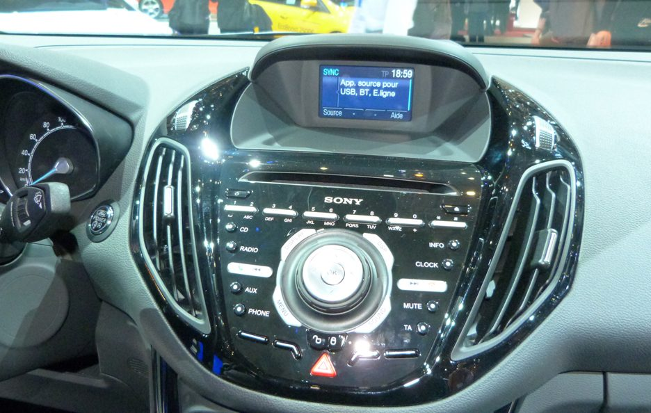 Ginevra 2012 - Ford B-Max consolle centrale