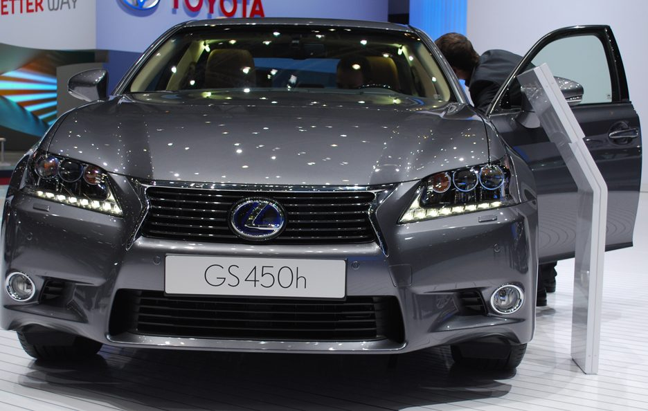 Ginevra 2012 - Lexus GS frontale 2