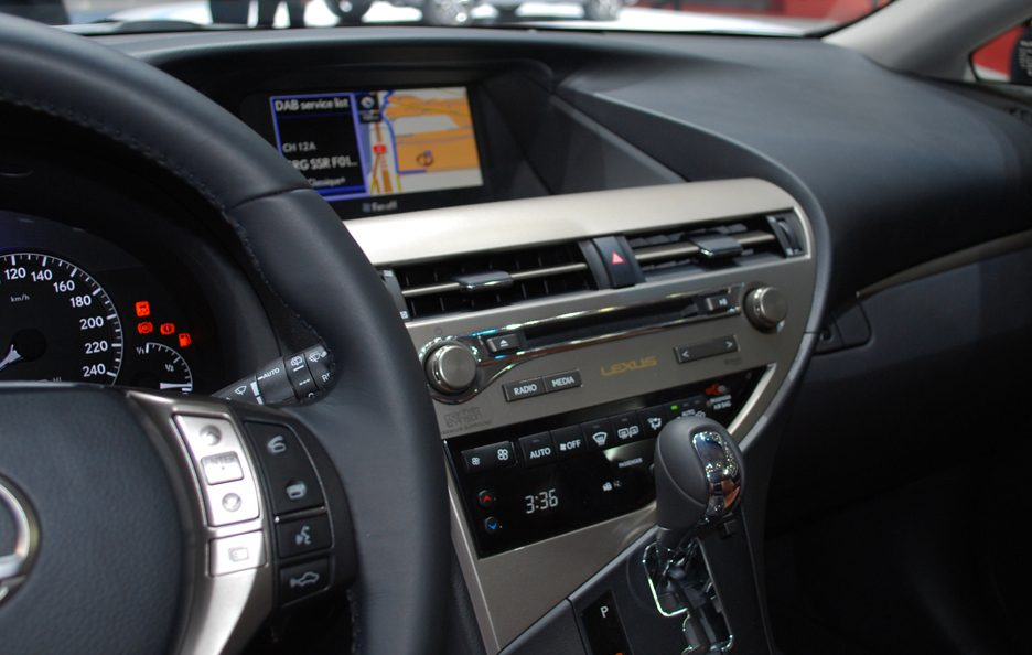 Ginevra 2012 - Lexus RX restyling consolle centrale