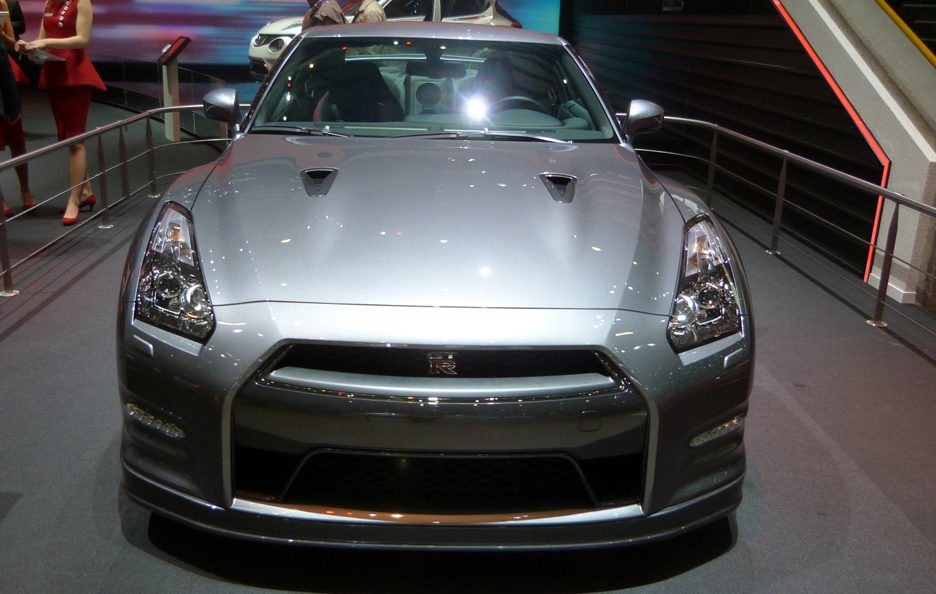 Ginevra 2012 - Nissan GT-R frontale