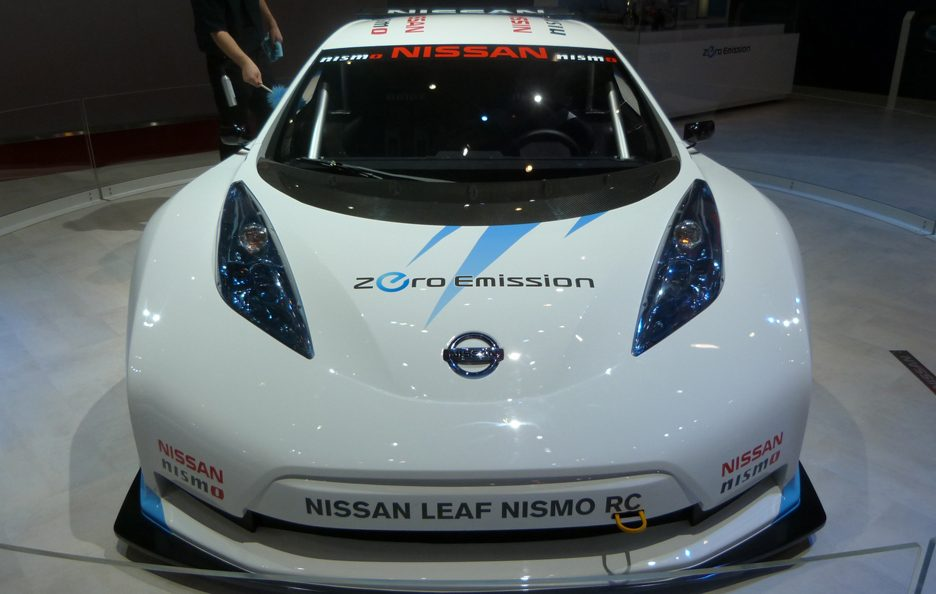 Ginevra 2012 - Nissan Leaf Nismo RC frontale