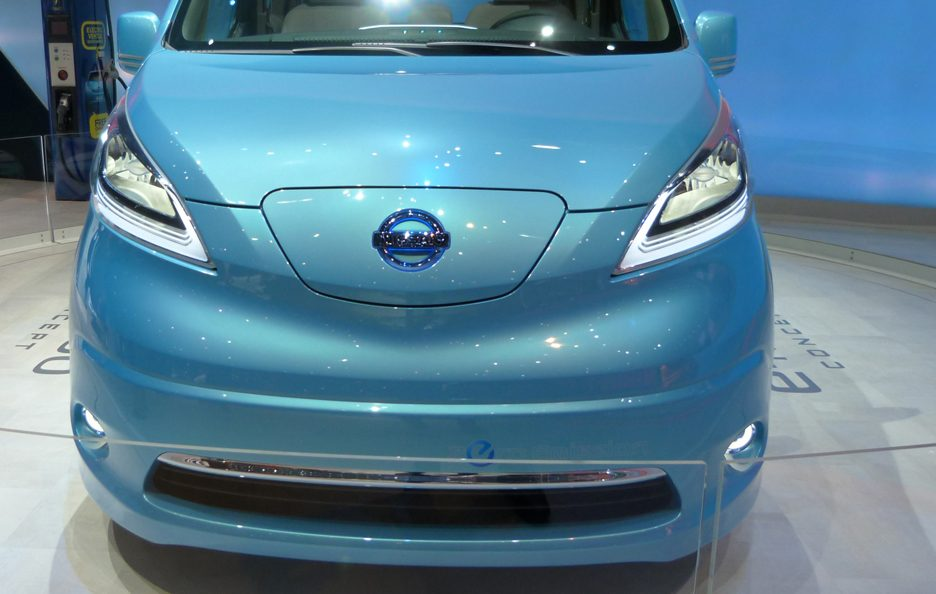 Ginevra 2012 - Nissan e-NV200 Concept frontale