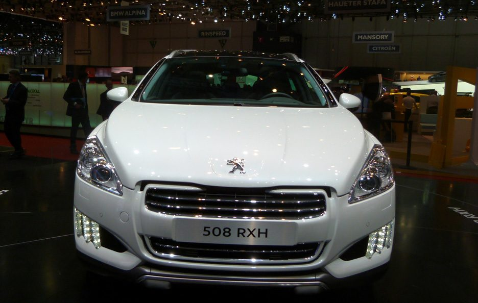 Ginevra 2012 - Peugeot 508 RXH frontale