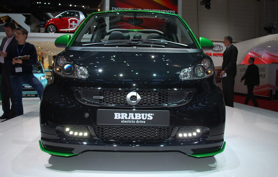 Ginevra 2012 - Smart Brabus Electric Drive - Frontale basso