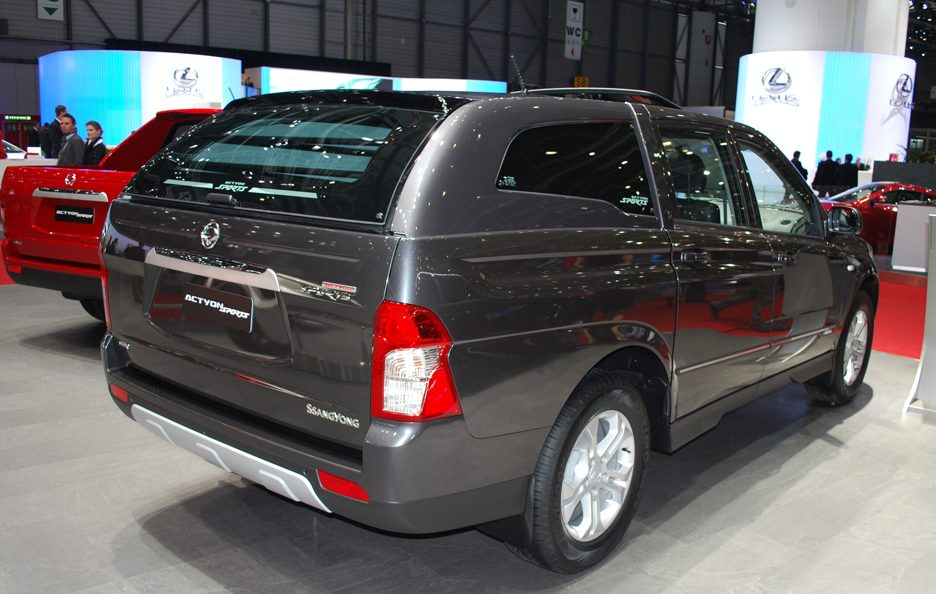 Ginevra 2012 - Ssangyong Actyon Sports tre quarti posteriore