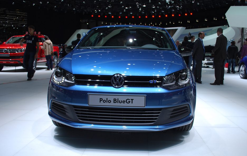 Ginevra 2012 - Volkswagen Polo Blue GT frontale 3