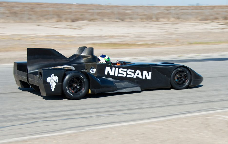 Nissan DeltaWing - Laterale - In pista