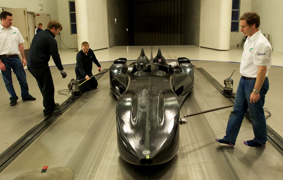 Nissan DeltaWing - Profilo frontale alto - Test