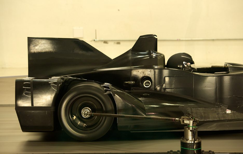 Nissan DeltaWing - Retrotreno - Test