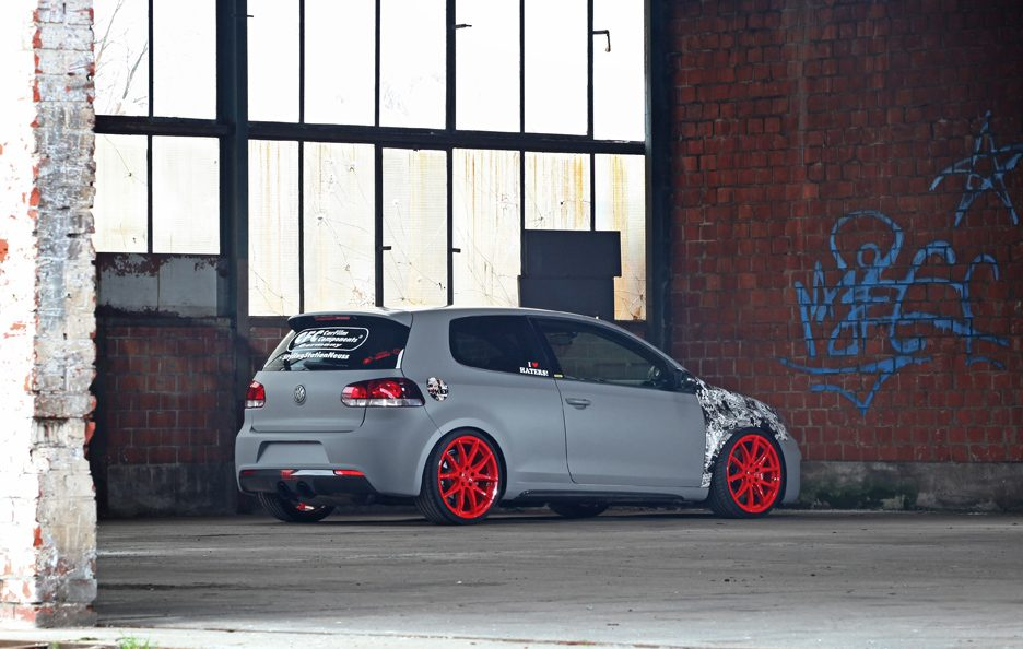 Volkswagen Golf R by Neuss - Design