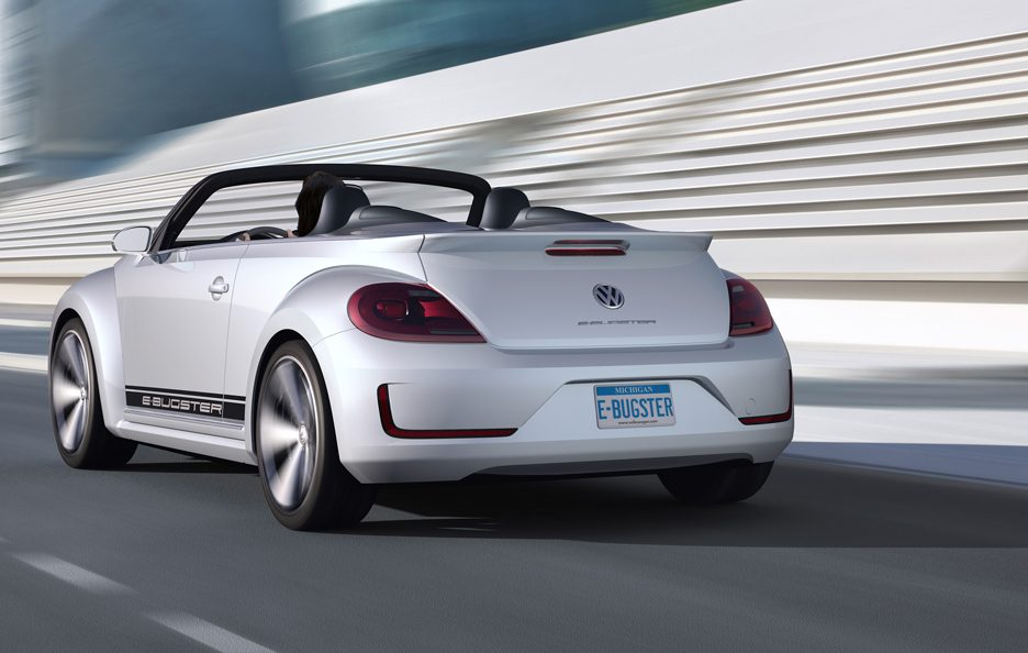 Volkswagen E-Bugster Roadster - Posteriore in motion
