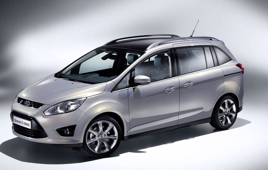 Ford C-Max7 6