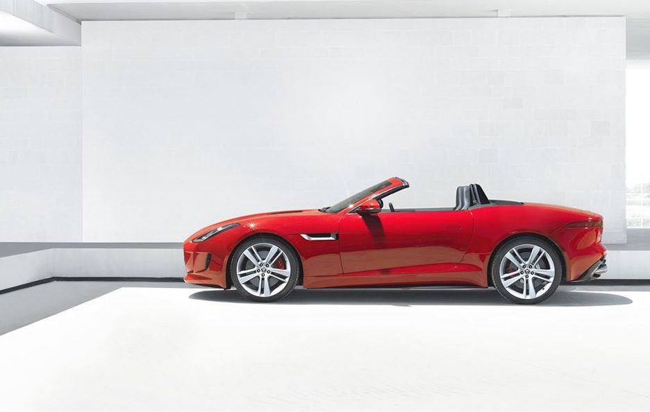 Jaguar F-Type - Laterale