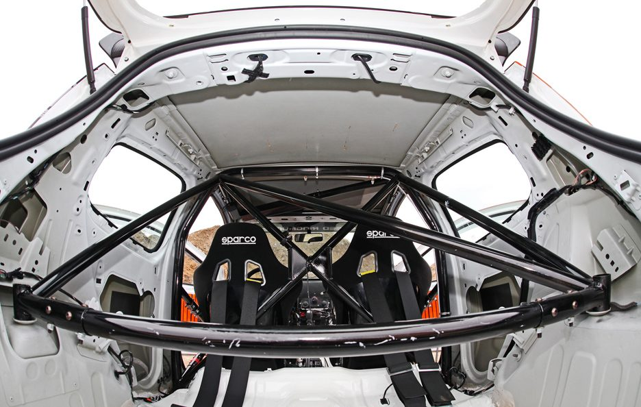 Renault Clio 200 Cup by Cam Shaft - Roll bar