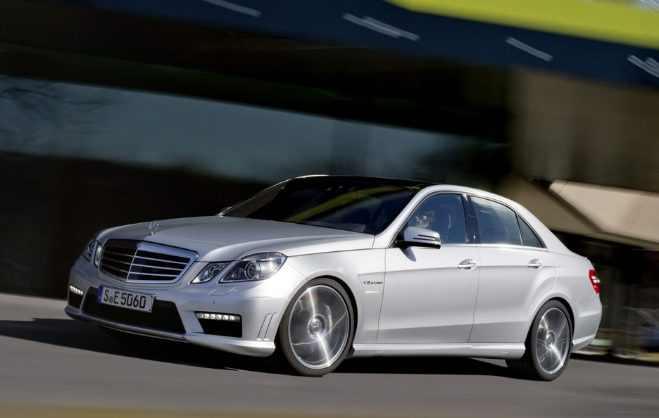 Mercedes Classe E  Berlina - Profilo in motion