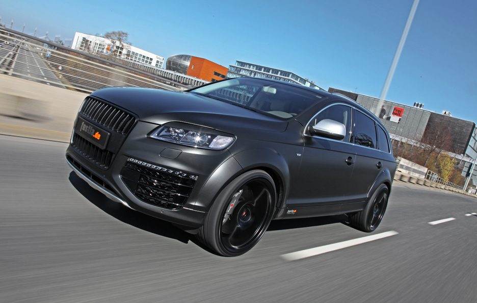 Audi Q7 by Fostla - In motion