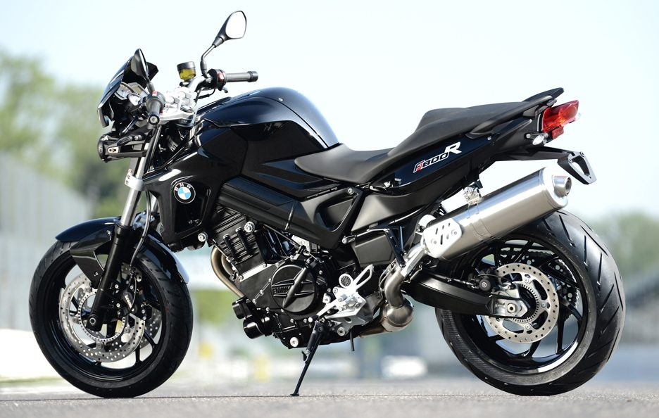 BMW F800R All Black - Stile
