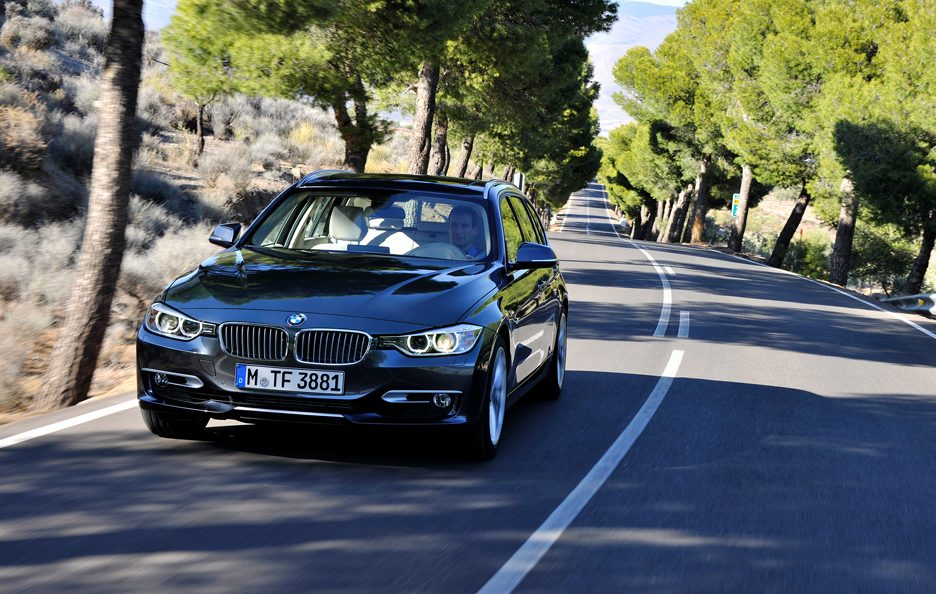 BMW Serie 3 Touring - Il frontale in motion