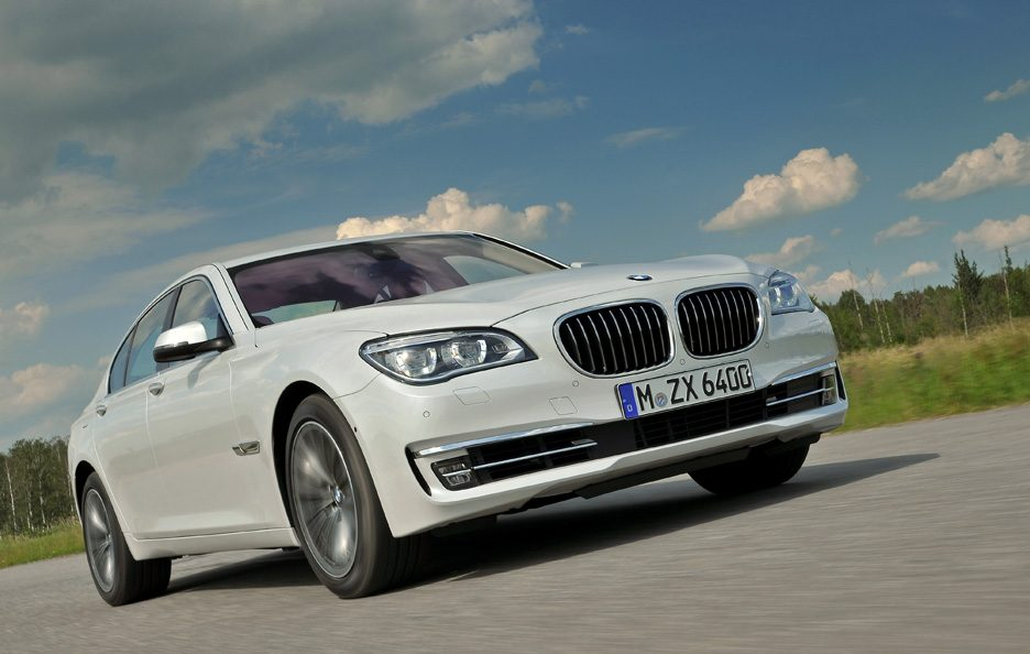 BMW Serie 7 2012 - Frontale basso