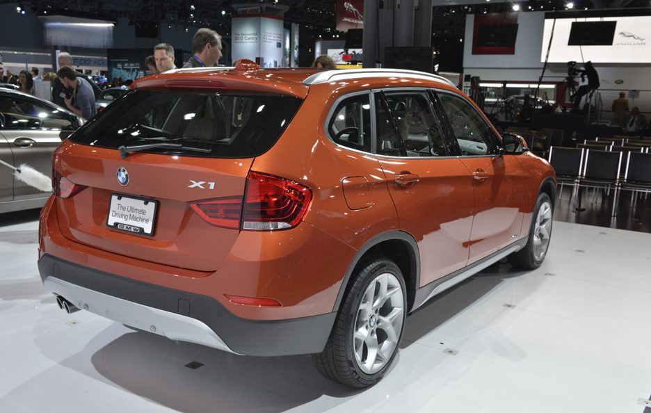 BMW X1 restyling tre quarti posteriore