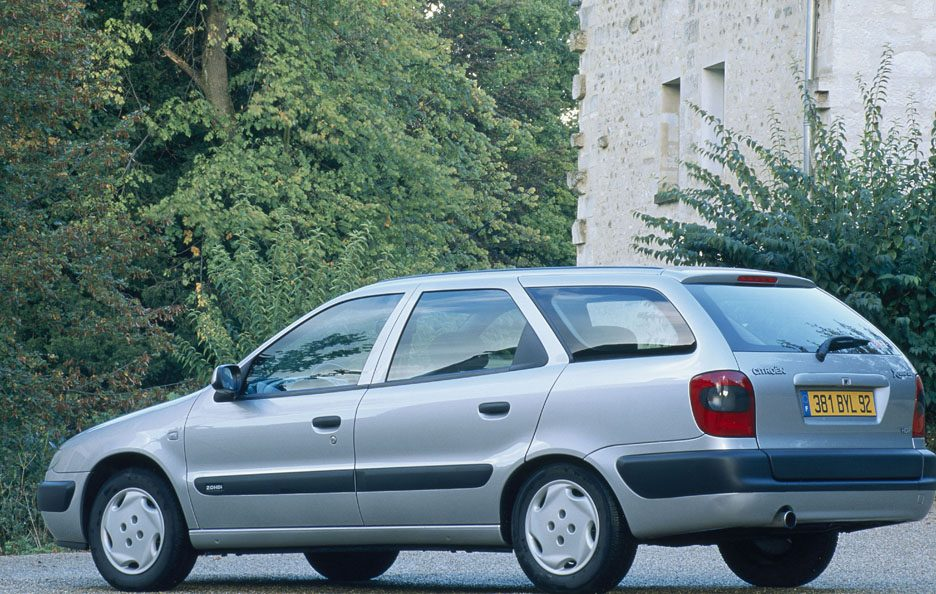 Citroën Xsara Break tre quarti posteriore