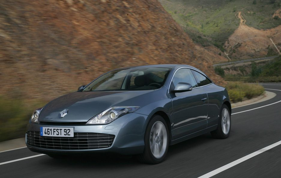 Renault Laguna Coupe - Frontale in motion
