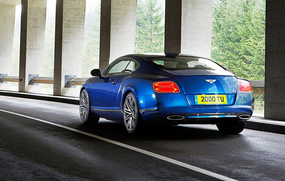 Bentley Continental GT Speed - Posteriore in motion