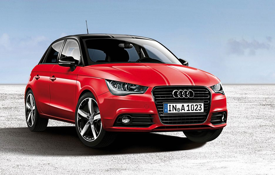 Audi A1 Sportback Amplified Red - Profilo frontale