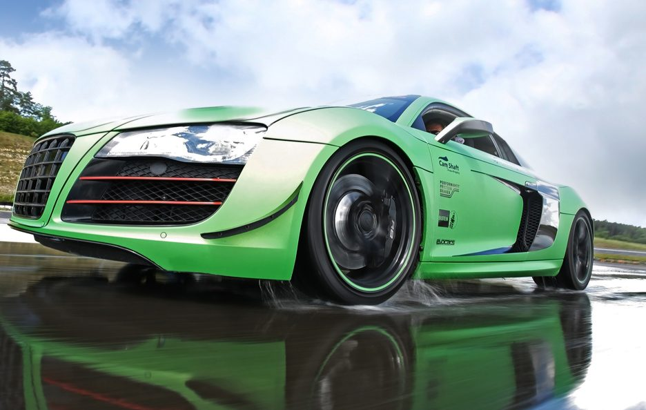Audi R8 V10 Racing One - Frontale basso