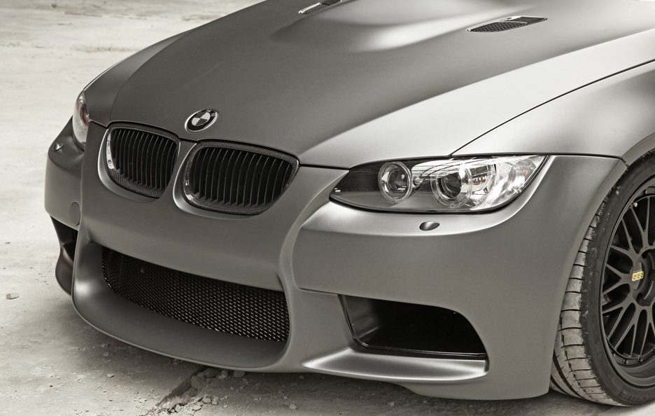 BMW M3 by Cam Shaft - Calandra