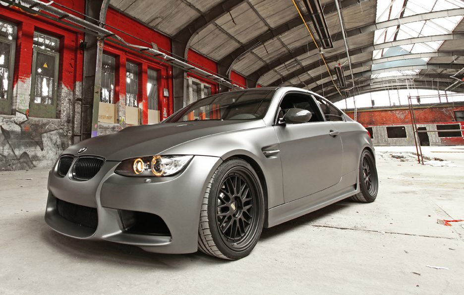 BMW M3 by Cam Shaft - Muso
