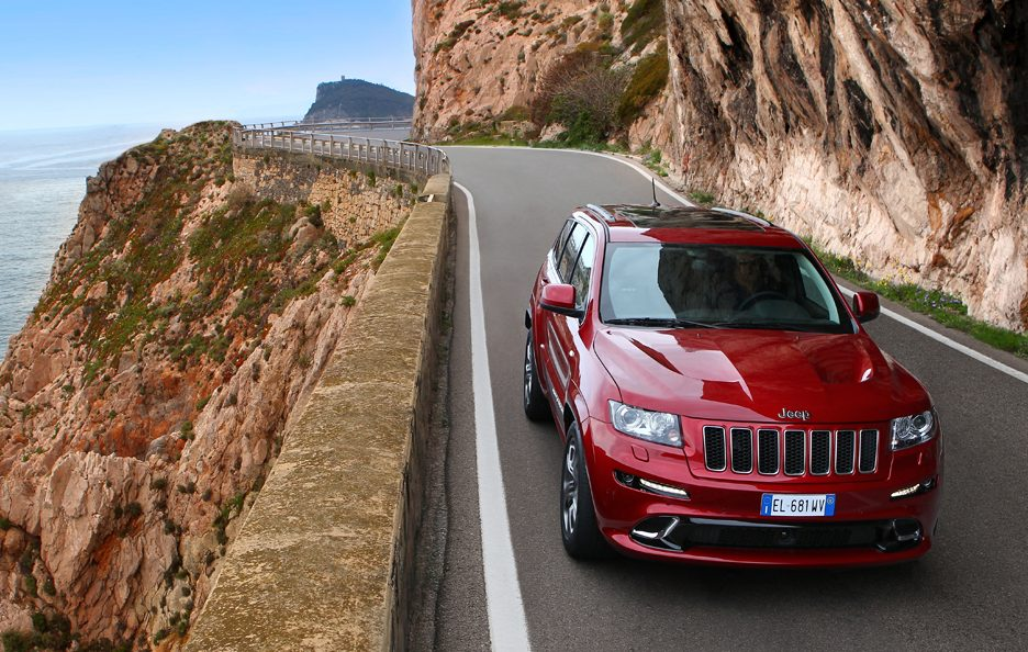 Jeep Grand CHerokee SRT - Anteriore alto