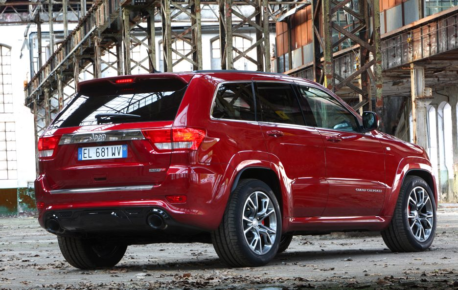 Jeep Grand CHerokee SRT - Retrotreno