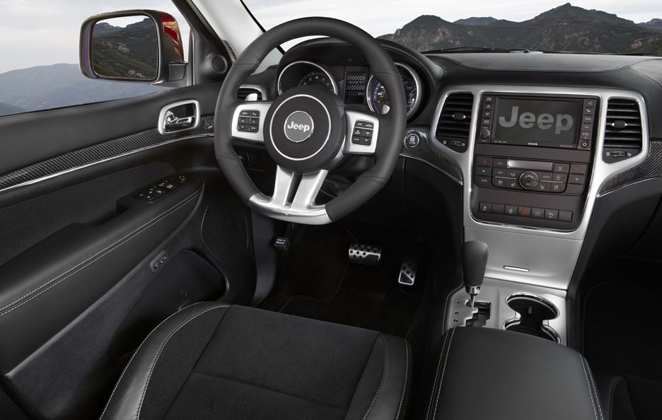 Jeep Grand Cherokee SRT - Posto guida