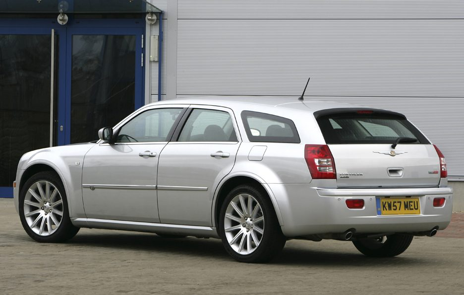 Chrysler 300 C Touring SRT Design tre quarti posteriore