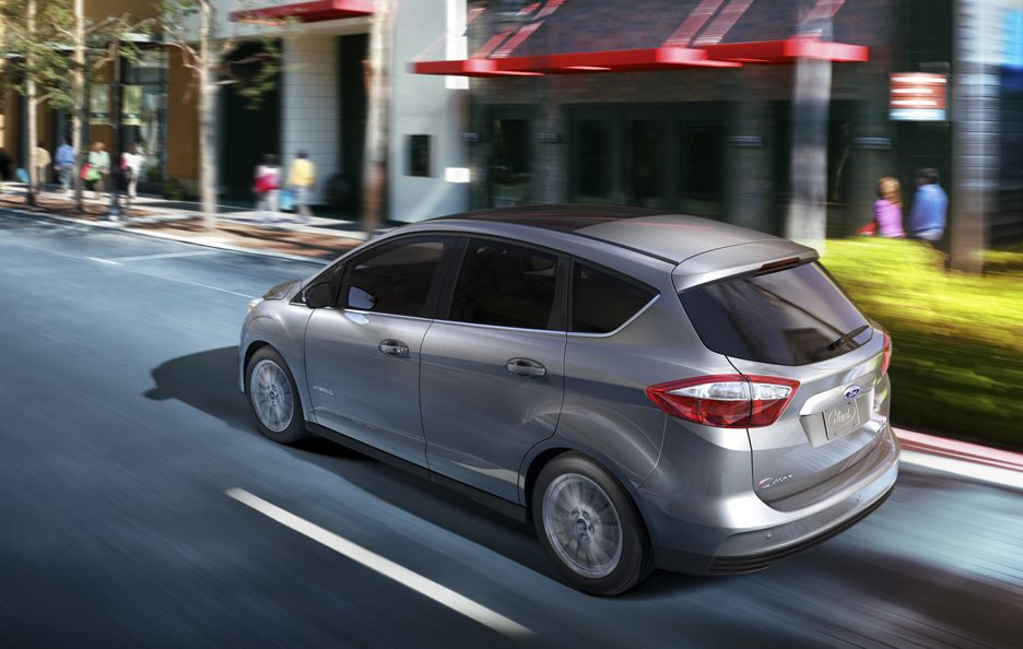 Ford C-MAX Hybrid - Laterale alto in motion
