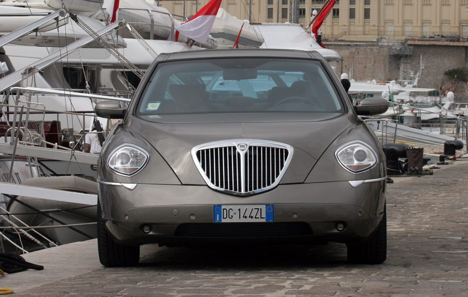 Lancia Thesis frontale