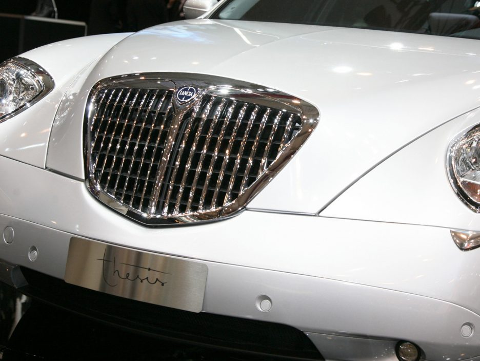 Lancia Thesis restyling mascherina