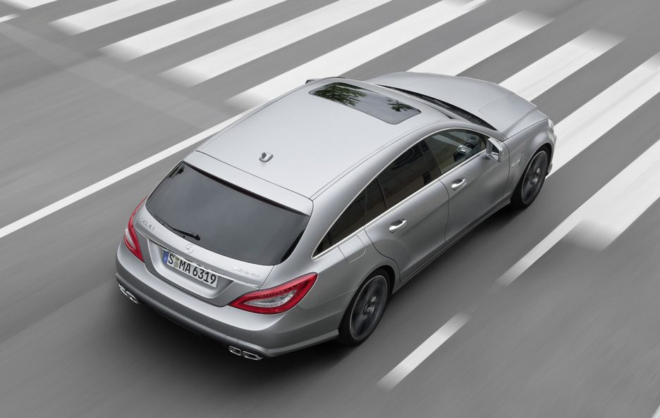Mercedes CLS 63 AMG Shooting Brake - In motion alto