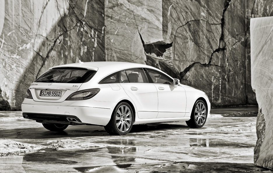 Mercedes CLS Shooting Brake - Linee retrotreno