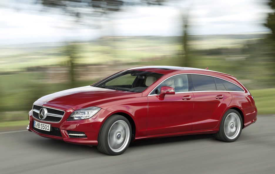 Mercedes CLS Shooting Brake - Red - Profilo frontale in motion